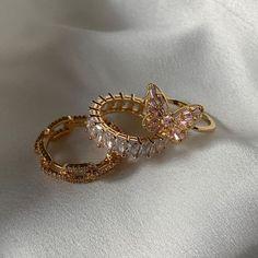 Cute Jewelry, Gold Jewelry, Jewelry Box, Jewelry Accessories, Fashion Accessories, Fashion Jewelry, Trendy Jewelry, Jewelry Gifts, Accesorios Casual
