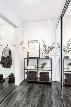 black-floor Furniture, Interior, Interior Inspiration, Home, House Interior, Monochromatic Room, Apartment Inspiration, Interiors Dream, Modern Scandinavian Interior