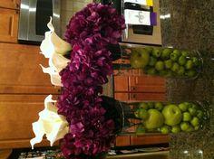 Purple hydrangea and white cala