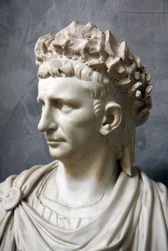 The Roman emperor Claudius (reign CE). Born 10 BCE This portrait in the Naples Museum (inv. is part of the Farnese collection. The actual bust is not ancient. The emperor wears the corona civica. Ancient Rome, Ancient Art, Ancient History, Roman History, Art History, Naples Museum, Art Romain, Roman Artifacts, Rome Antique