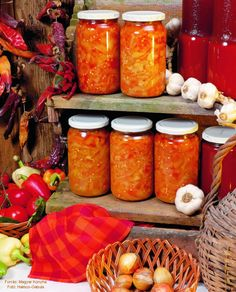 Canning Pickles, Gin, Recipes, Food, Red Peppers, Recipies, Essen, Meals, Ripped Recipes