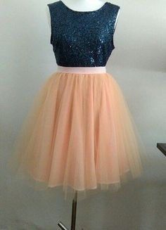 Kup mój przedmiot na #vintedpl http://www.vinted.pl/damska-odziez/spodnice/18621095-spodnica-z-tiulem-w-kolorze-lososiowym
