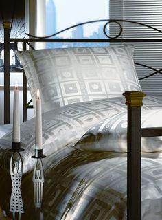 silk-bedding-cellini-design-seidenbettwaesche-035 #Silk bedsheet and duvet cover made in Germany by #Cellini Design. #Seidenbettwäsche aus reiner #Seide von #Spinnhütte Cellini Design aus Deutschland.
