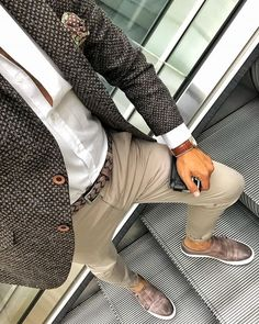 1001 Ideas for a classy men s clothing the winning outfits 2020 Mens Casual Suits, Stylish Mens Outfits, Mens Fashion Suits, Mens Suits, Casual Outfits, Costume Marron, Moda Men, Men's Business Outfits, Moda Blog