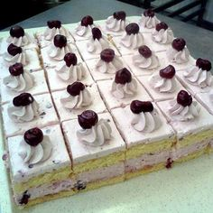 Hungarian Cake, Hungarian Recipes, Cake Bars, Food And Drink, Cakes, Cake Makers, Kuchen, Cake, Pastries