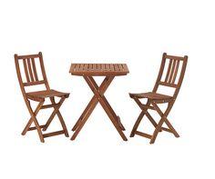 Table et deux chaises bollo ikea pour le balcon