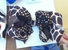 My giraffe & dots BiG bow on alligator clip -  'Buttons & Bows' by Katie Kreativekatiekonnect@gmail.com