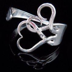 Vintage Wedding Bracelet, Silverware Jewlery, Bridesmaid Gift, Fork Bracelet in Original Intertwining Hearts Design - DIY Jewelry Vintage Ideen Jewelry Crafts, Jewelry Box, Jewelery, Jewelry Accessories, Handmade Jewelry, Jewelry Making, Fork Jewelry, Recycled Jewelry, Recycled Silverware