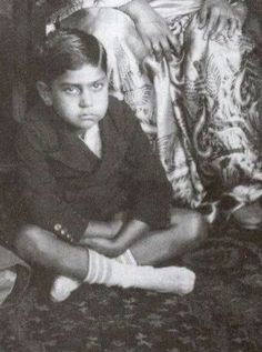 "myluckyerror: ""Baby Amrish Puri is BOSS! """