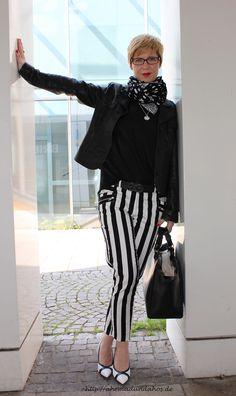 black and white and stripes http://ahemadundahos.de/?p=3592