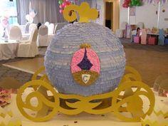 Piñata carroza - Imagui
