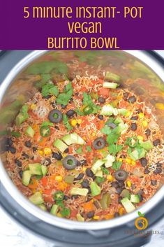 Instant pot Vegan burrito bowl - List of the best food recipes Burritos, Whole Food Recipes, Cooking Recipes, Healthy Recipes, Instapot Vegetarian Recipes, Dinner Recipes, Freezer Recipes, Freezer Cooking, Vegetarian Meals