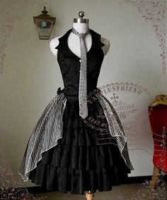 Capped Pawn Cyber Gothic Lolita Black&White Harmony 4Pcs Outfit*Vest&Skirt Piece&Cuffs&Bows