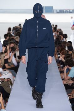 Vetements Spring 2019 Menswear Fashion Show Collection: See the complete Vetements Spring 2019 Menswear collection. Look 50