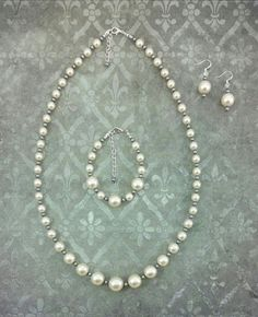 Items similar to Glass pearl beaded necklace, bracelet and earrings. Presents for mom. Buy whole set or separately. Hand made. on Etsy Necklace Lengths, Beaded Necklace, Fine Jewelry, Jewelry Making, Gift Ribbon, Presents For Mom, Pearl Beads, Vintage Inspired, Pearls