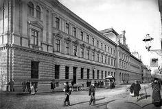 Головний поштамт (1894) Творець: Францішек Рихновські
