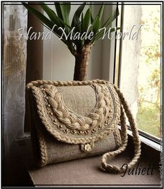 Livemaster – original item Bag made of burlap. Patchwork Bags, Quilted Bag, Handmade Handbags, Handmade Bags, Handmade Bracelets, Burlap Lace, Burlap Flowers, Burlap Crafts, Jute Bags