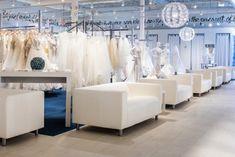New York Bride & Groom of Columbia Perfect Image, Perfect Photo, Love Photos, Cool Pictures, New York Bride, Tuxedo Rental, Tuxedo Dress, One Pic, Bride Groom