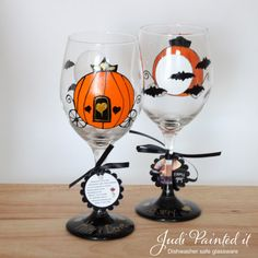 Hey, I found this really awesome Etsy listing at https://www.etsy.com/listing/204702732/halloween-wedding-wine-glass-free