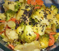 Gastronomía de Italia: verduras y frutas. Broccoli, Cauliflower, Vegetables, Food, Fruits And Vegetables, Cauliflowers, Essen, Vegetable Recipes, Meals