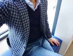 恐竜博からの海遊館🐟🐠🐡 ジャケット着てるの僕だけかも💦 #stilelatino #johnsmedley ##barba #barbanapoli #barbadandylife #siviglia #sivigliadenim #ootd #ootdmen…