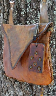 Contemporary Makers: Hunting Pouch by Joe Mills