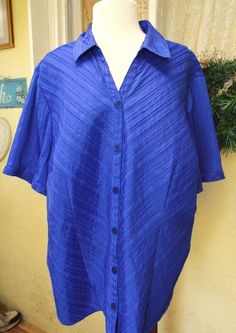 Maggie Barnes 2X Plus Blouse Blue Chevron Pleats SS Button Front Stretch Career #MaggieBarnes #ClassicBlouseShirt #WeartoWorkCasualDressy