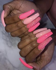 Want to know how to do gel nails at home? Learn the fundamentals with our DIY tutorial that will guide you step by step to professional salon quality nails. Claw Nails, Aycrlic Nails, Bling Nails, Gold Nails, Acrylic Nails Natural, Pink Acrylic Nails, Pink Acrylic Nail Designs, Neon Pink Nails, Pastel Nail Polish