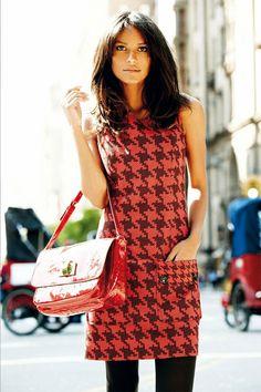 Nice dress... so simple...