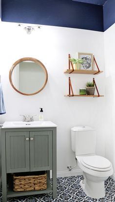 powder room update - how to get perfect paint lines even on orange peel walls