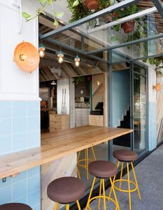 Java Café by Studio Raanan Stern : Israeli designers merge urbanity and beach life in a Tel Aviv eatery | Frame
