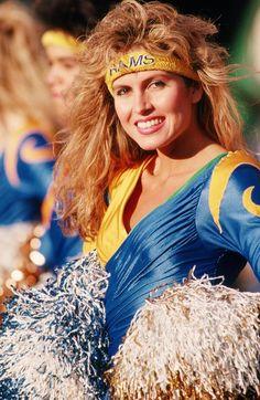 Lisa Guerrero Former LA Rams Cheerleader and Future Television Personality Nfl Cheerleaders, Cheerleading, Nfl Rams, Pro Football Teams, School Football, Professional Cheerleaders, Football Conference, Lisa, Girls Uniforms