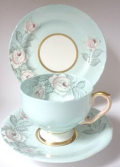 Aynsley English Vintage China Tea set tea cup trio Duck Egg Blue Pink C1817