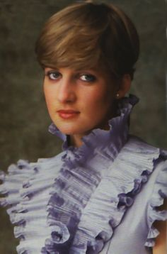 Lady Diana Spencer 1981 Love her but seriously the outfit sometime were rediculous