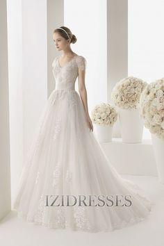 A-Line/Princess Scoop Chapel Train Tulle Wedding Dress