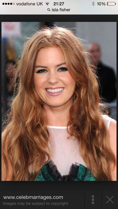 A bit obsessed with Isla Fisher's hair now...