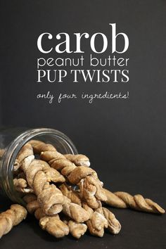 Dog Biscuit Recipes, Dog Treat Recipes, Dog Food Recipes, Carob Recipes, Peanut Butter Dog Treats, Homemade Peanut Butter, Homemade Dog Cookies, Homemade Dog Food, Diy Dog Treats