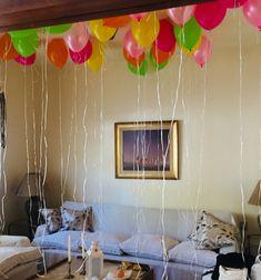 Globos de helio en el techo! simple y siempre sorprenden! Home, Globe Decor, Helium Balloons, Themed Parties