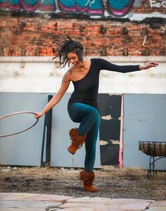 Ryane Hillery Hoop Dance with a Smile