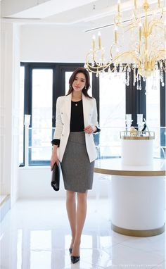 business attire tips Corporate Outfits, Business Outfits, Business Attire, Office Outfits, Business Fashion, Corporate Attire Women, Business Casual, Office Fashion, Work Fashion