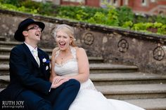 Natural, relaxed photo of the bride and groom. I love capturing real shared moments like this one.