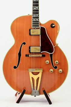 Gibson Super 400 CESN 1969 http://www.vintageandrare.com/search/search_txt/gibson%20super%20400