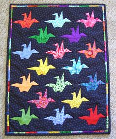 Origami Cranes- Peace Quilt by Margaret Rolfe Cute Quilts, Mini Quilts, Baby Quilts, Japanese Quilt Patterns, Bird Quilt Blocks, Vogel Quilt, Asian Quilts, Quilting Board, Quilt Border