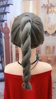 Twist-shaped horsetail hairstyle - My list of women's hairstyles Box Braids Hairstyles, Elegant Hairstyles, Twist Hairstyles, Hairstyles Videos, Hairdos, Girl Hair Dos, Hair Upstyles, Braids For Black Hair, Hair Videos