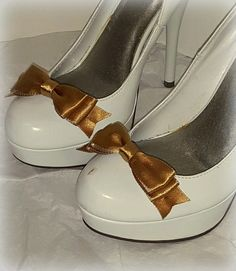Hey, I found this really awesome Etsy listing at https://www.etsy.com/listing/216692169/sale-close-outwedding-shoe-clips-bridal
