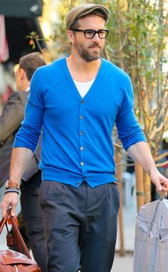We're calling it now: Father-to-be Ryan Reynolds is going to be the hottest dad EVER!