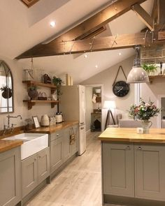 Your kitchen is the beating centre of your residence, so selecting the appropriate kitchen flooring is vital. Right here are our pointers on finding the kitchen floor of your desires inspiring kitchen flooring ideas. Learn which is the very best flooring for your kitchen with this guide. #kitchenflooringdublin