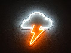 Search high quality Nature led neon signs flex from Guangzhou Matt Electrical Lighting Co. Like as cloud neon signs, sun neon signs, lightning neon signs led, moon neon signs led. Neon Light Signs, Led Neon Signs, Cool Neon Signs, Neon Aesthetic, Aesthetic Room Decor, Lightning Drawing, Neon Sign Bedroom, Neon Room, Japon Illustration