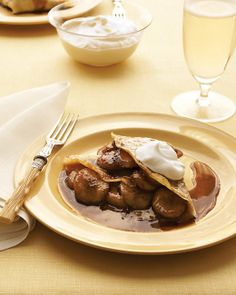 Bananas Foster Crepes Recipe #Recipe #Dessert #Chocolate #crepes