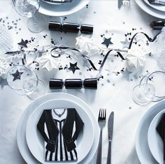 Nyårsdukning 2016 Table Setting Inspiration, Christmas And New Year, New Years Eve, Happy New Year, Table Settings, Table Decorations, Party, Keto, Place Settings